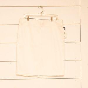 NWT Chaps White Pencil Skirt, Size 12
